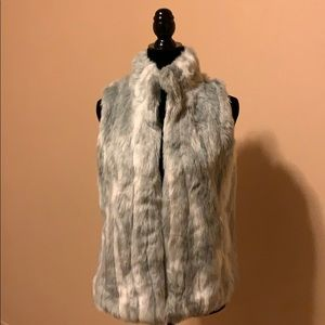 Abercrombie Kids faux fur gray colored vest